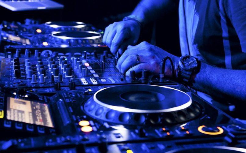 How-to-secure-DJ-gig1
